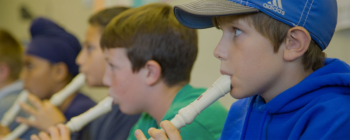 kids playing recorders